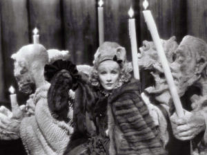 Josef von Sternberg: The Scarlet Empress. Copyright: Paramount.